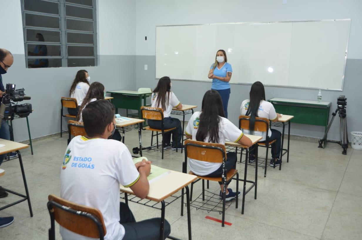 Governo de Goiás entrega reforma do colégio estadual presidente castelo branco de bonfinópolis, que será escola de tempo integral
